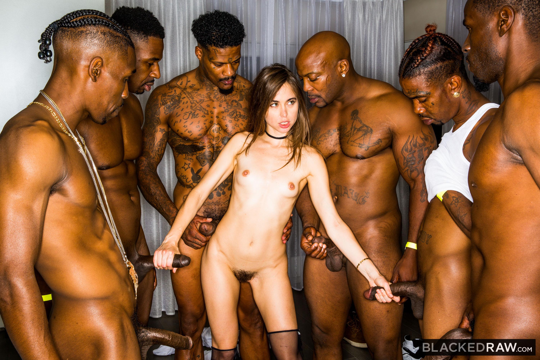 Seachamatuer girlfriend gangbang full porn